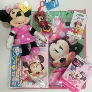 Minnie Mouse Collection - 6 items